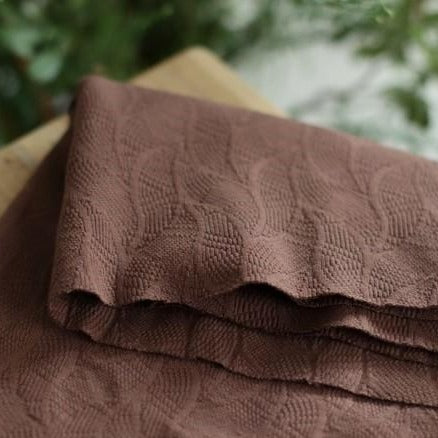 Organic leaf jacquard - Dust brown - €25,9/m