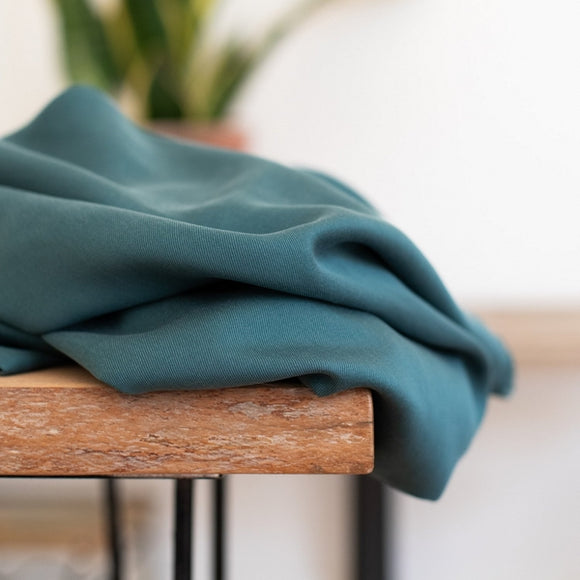 Meet Milk - Emerald groene organic tencel - €26/m