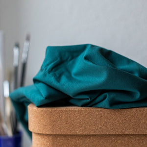 Meet Milk - Emerald groene jersey viscose - €22,5/m