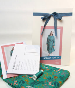 Gift package Sienna dress green flower fabric - from € 69,95