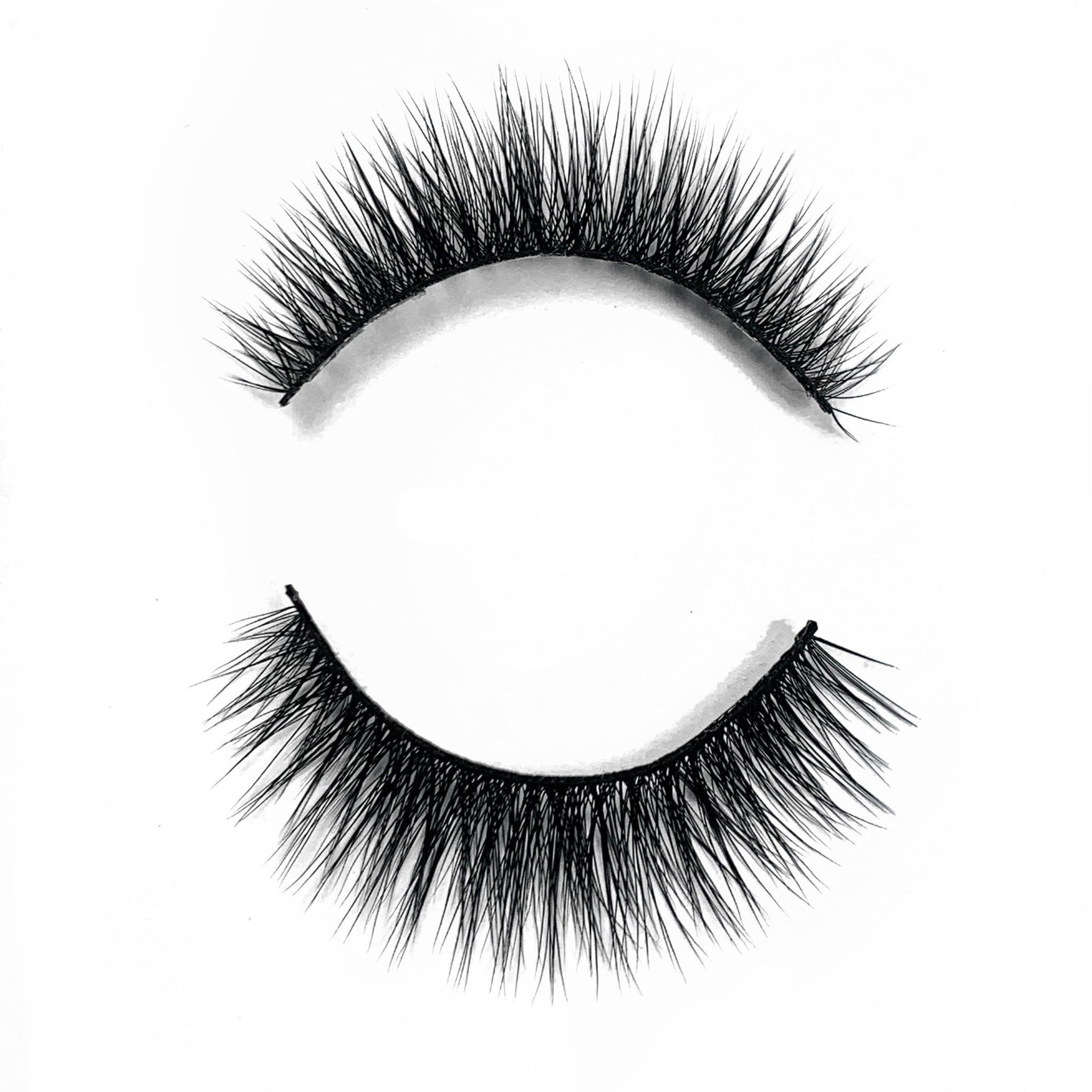 ADRIANA LASHES (PRE-ORDER SHIPS 3/10)