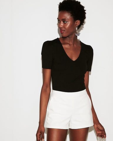 Ribbed Puff Sleeve V-Neck Top In Pitch Black