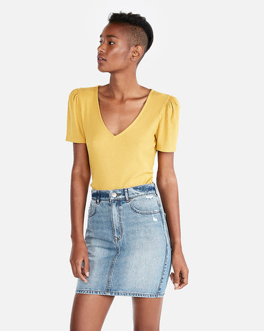 Ribbed Puff Sleeve V-Neck Top in Mustard
