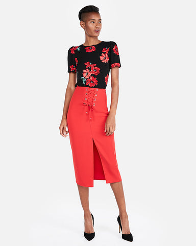 Floral Crew Neck Puff Sleeve Tee in Red Print