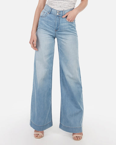 High Waisted Lightweight Wide Leg Jeans in Light Wash