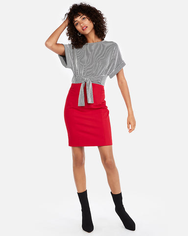 High Waisted Pintuck Pencil Skirt In Red