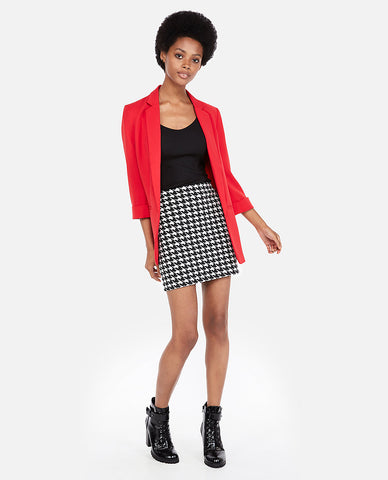 High Waisted Houndstooth Mini Skirt In Black And White