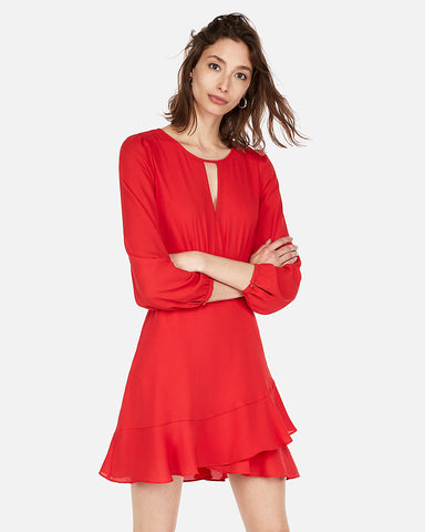 Keyhole Cut-Out Ruffle Wrap Dress in Red