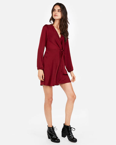 Knotted V-Neck Dress In Desire Red