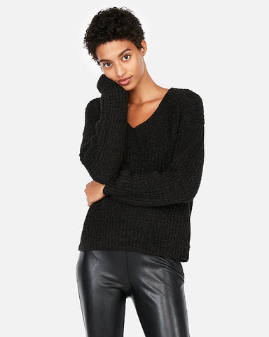 Cozy Chenille Shaker Knit V-Neck Sweater in Black