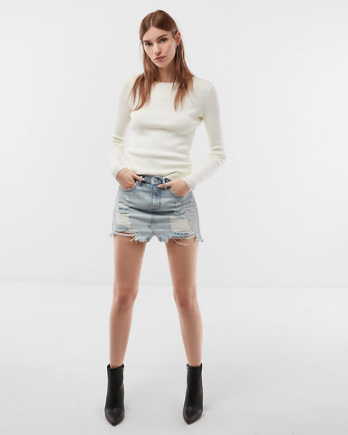 Fitted Crew Neck Sweater In Soft Ivory
