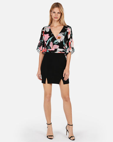 6c3c121a93 Express Floral Pleated Kimono-Sleeve Top in Black Floral