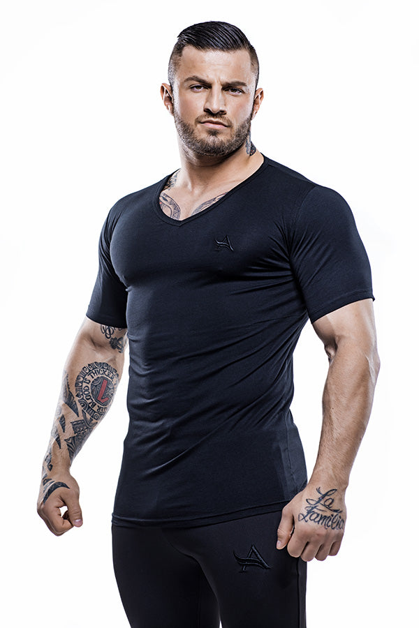 Basic V-Neck Bamboo T-Shirt Black
