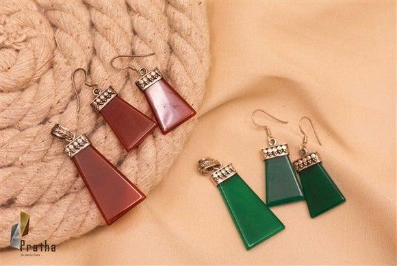 Fancy coloured Pendant set