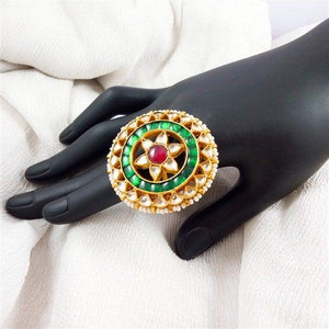 Sterling silver 22 ct gold plated kundan with fresh water pearl line big size.