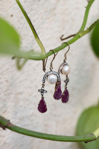 Silver hanging earring with Marcasite stone and fresh water pearl