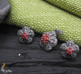 Marcasite pendnt  enhanced with smiprecious coral stone in beautiful flower shape will give an ethnic touch to your ensemble.