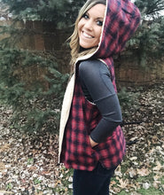 Load image into Gallery viewer, WOODLAND Reversible Plaid/Sherpa Vest
