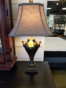 Honeybee table lamp - Ensley Fairfield Mattress Co.