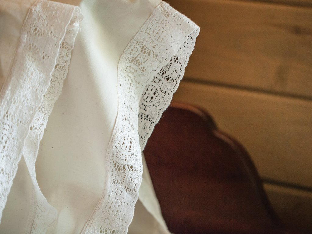 Madeline Gray Lace Pillowcase Set