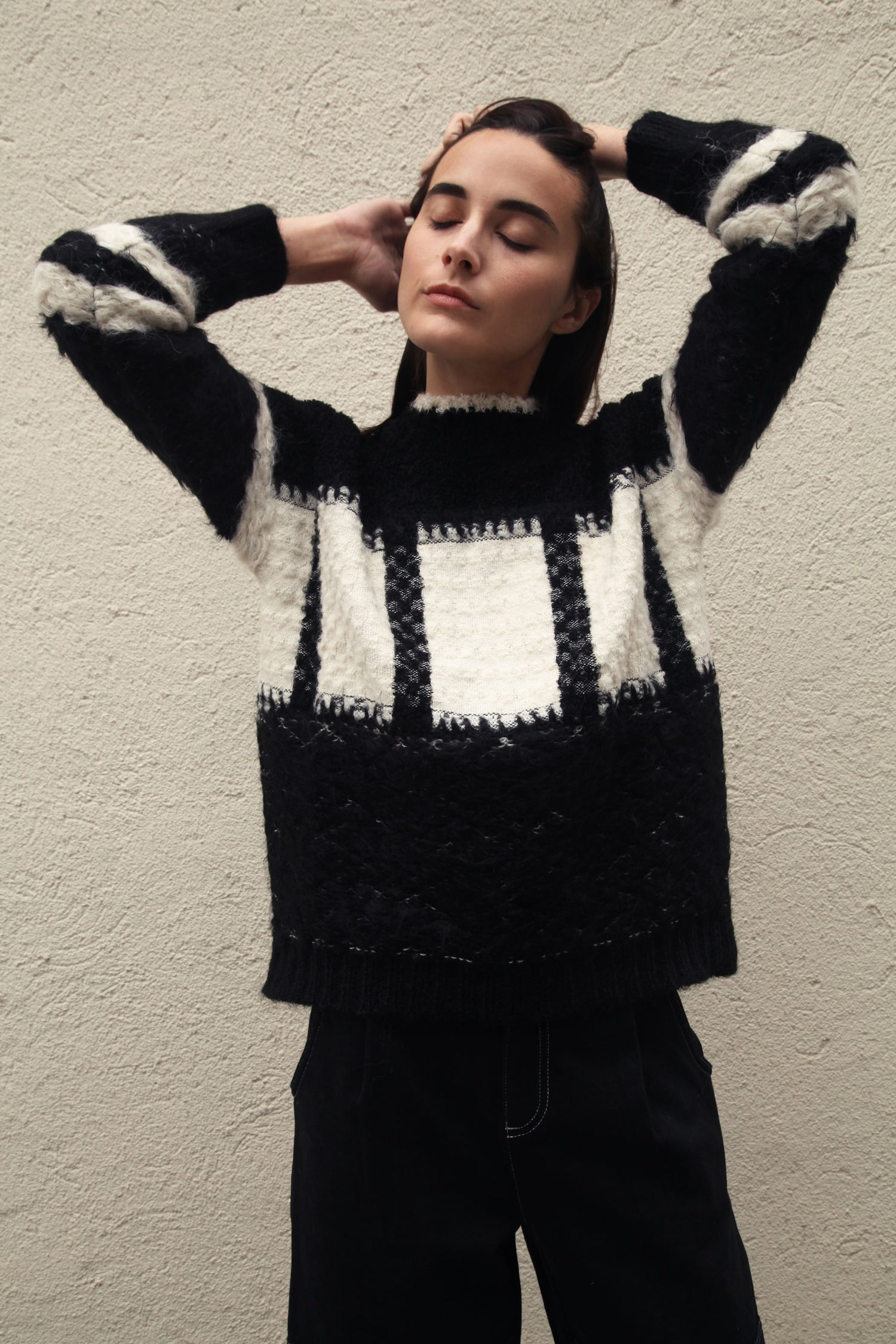 Hyde Sweater Black/Cream grid image