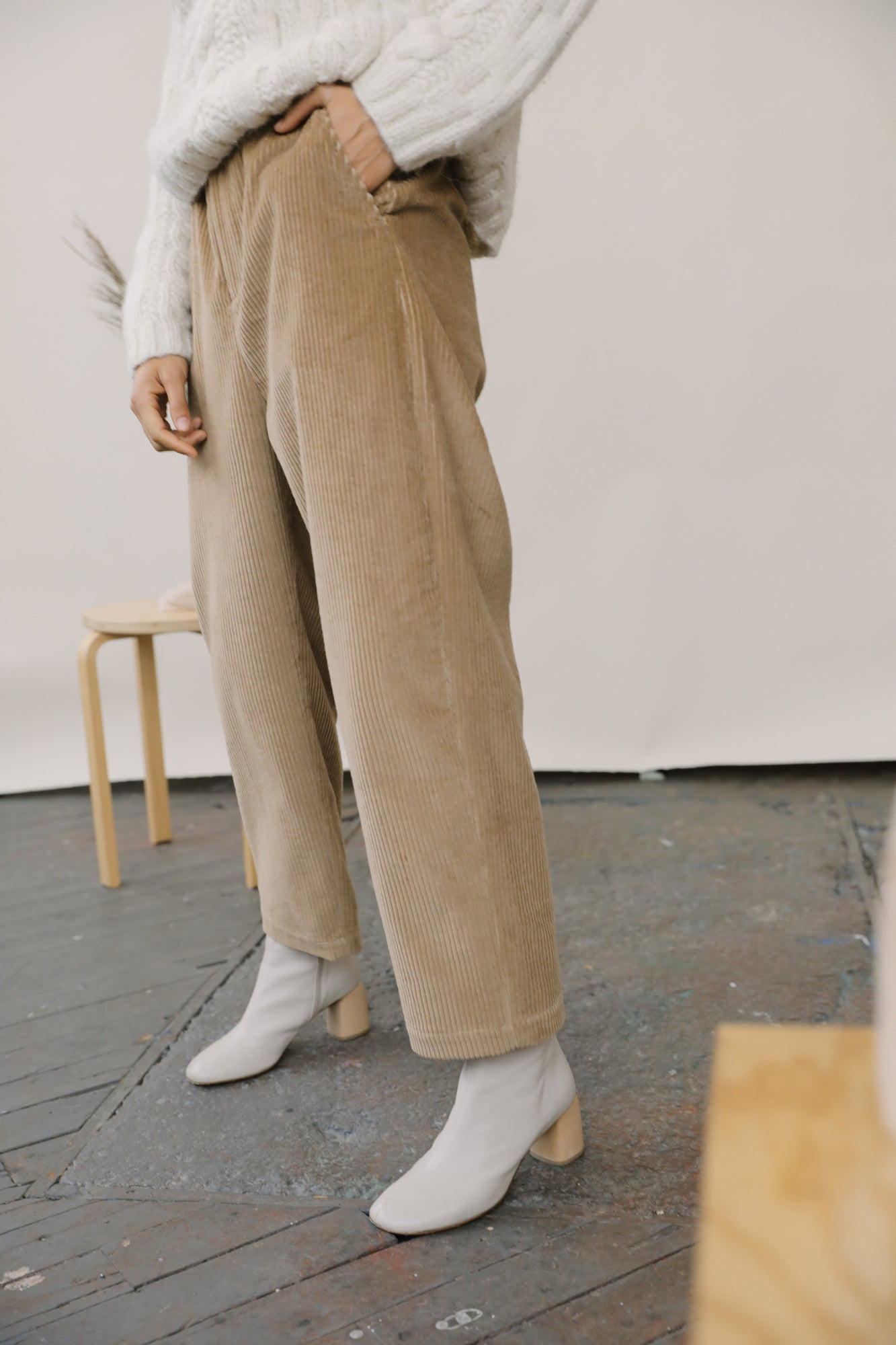 Halley Trouser Sand grid image