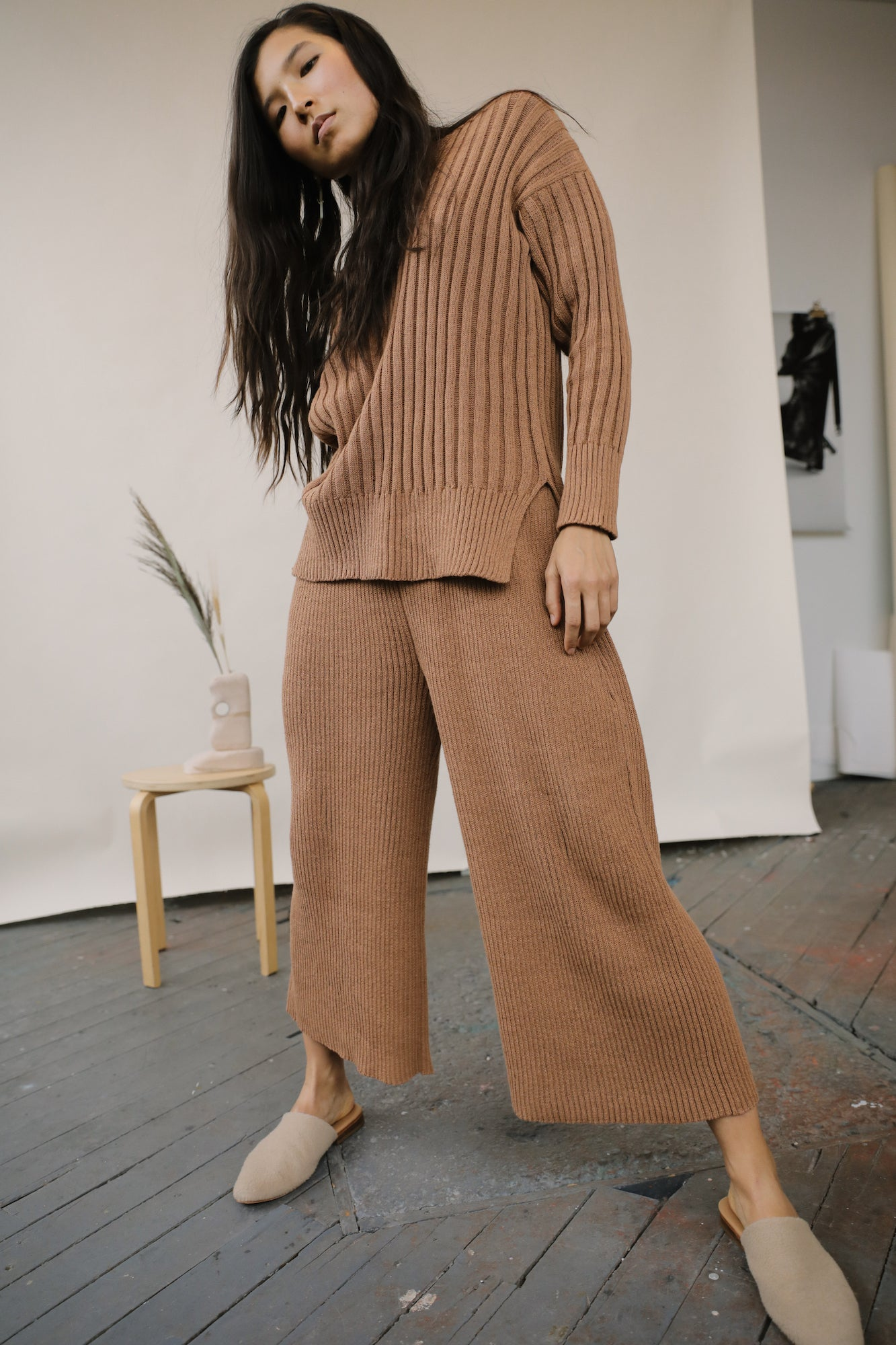 Florence Ribbed Pant Clay grid image