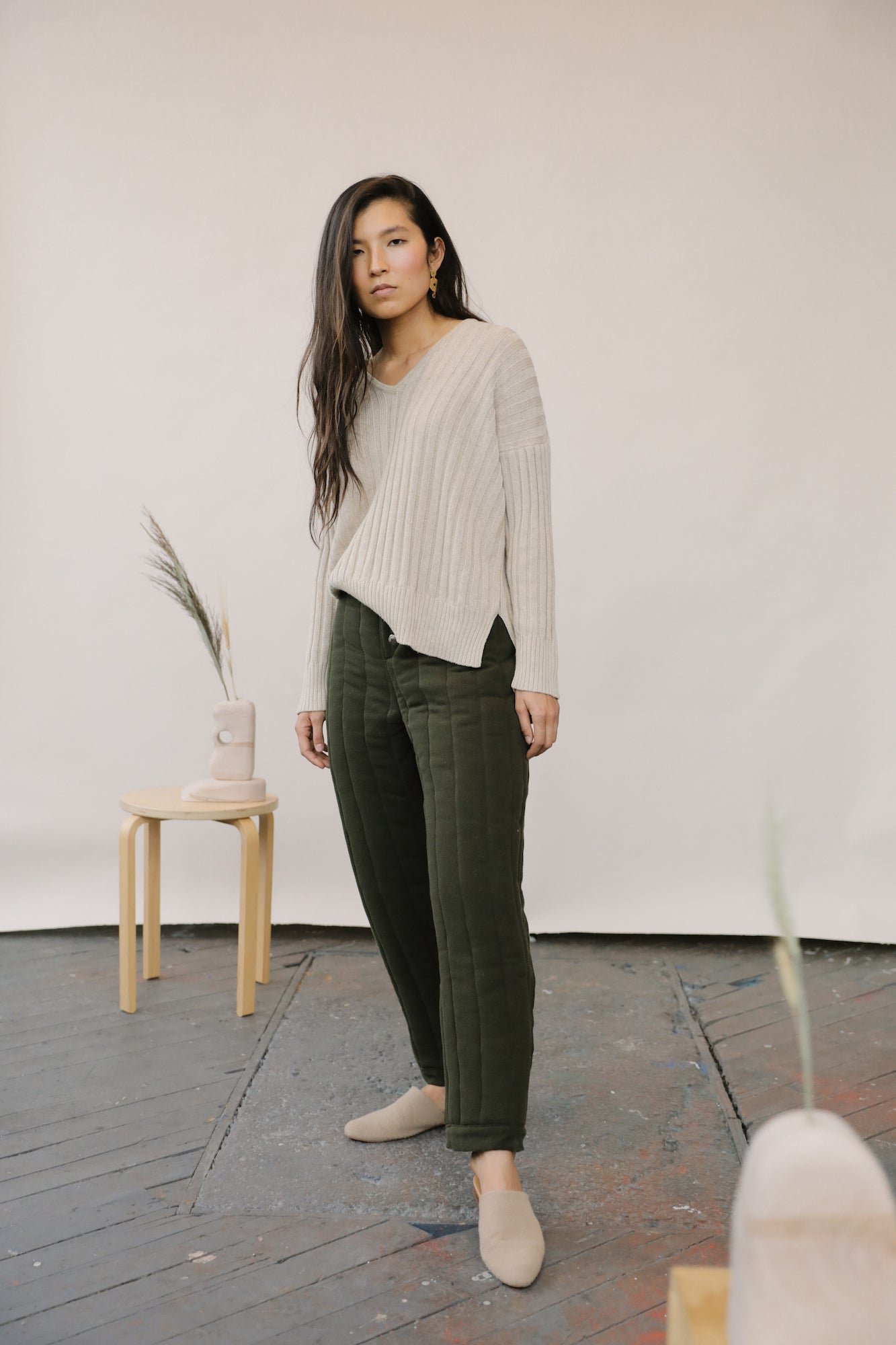 Riley Quilted Pants Olive grid image