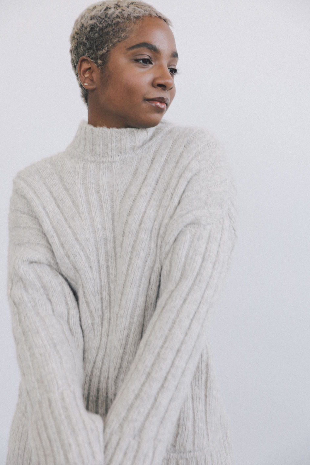 Tate Sweater Fog Grey grid image