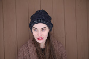 SEED STITCH HAT NAVY/DARK GREY