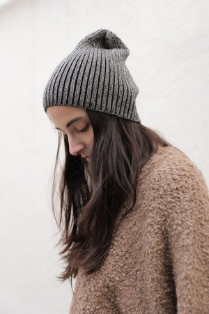 PLAITED RIB KNIT HAT BLACK/CREAM