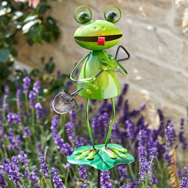 Smart Garden Barmy Frog Decorative Garden Stake