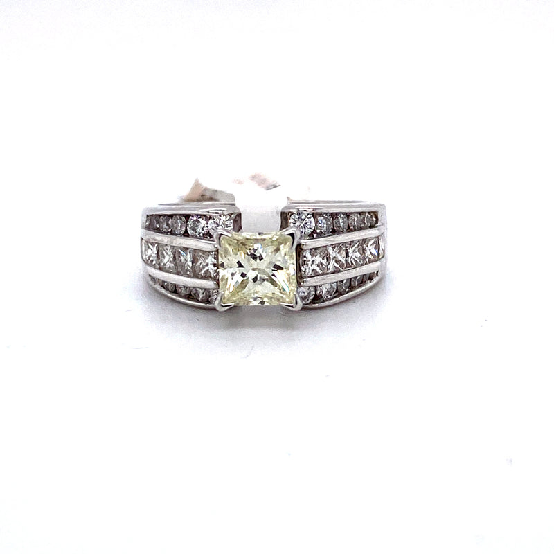 14Kt White Gold 3.27CTW Diamond Solitaire Bridal Wedding Engagement Ring