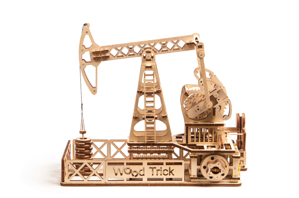 Oil Derrick - wooden 3D mechanical model