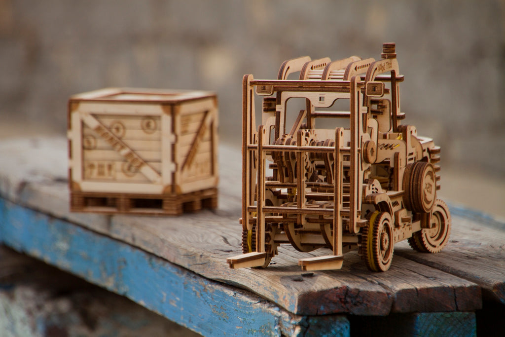 forklift wooden model
