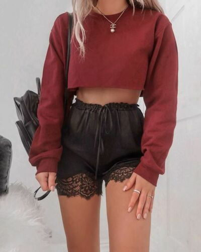 Long SleeveCropped Sweatshirt