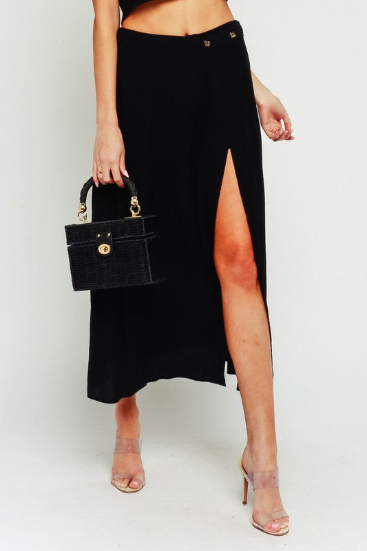 Walks on the Beach Skirt Black
