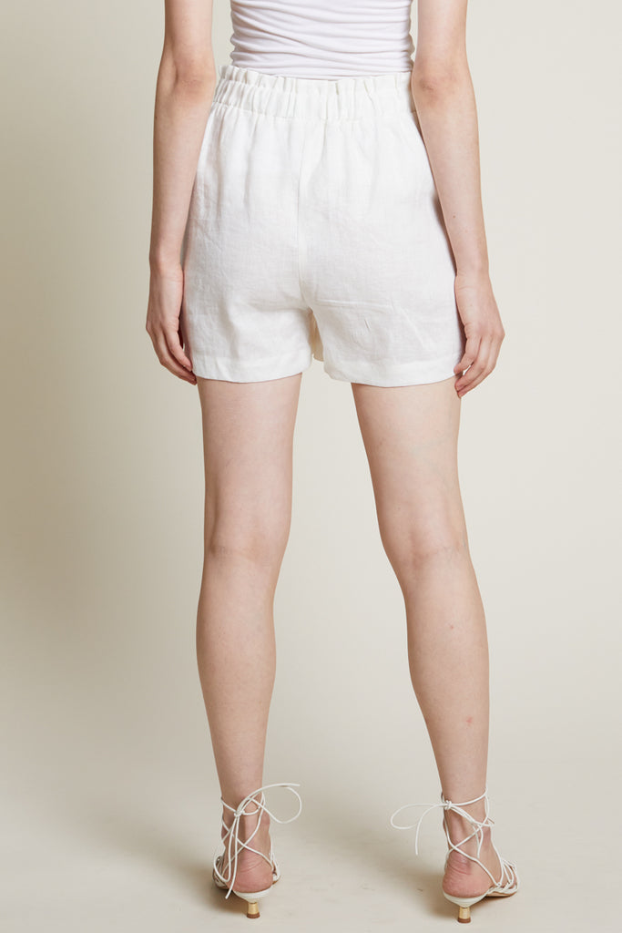 Alexis Linen Shorts in Off-White