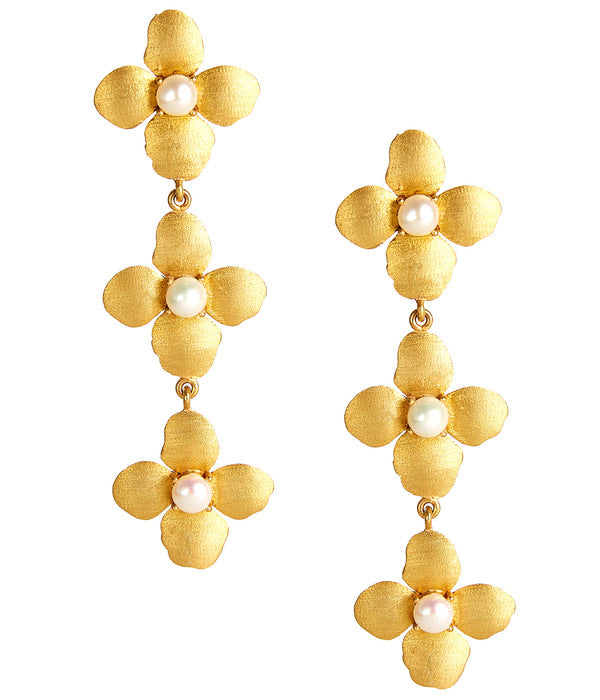 The Mae Pearl Earrings