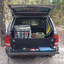 Load image into Gallery viewer, Amarok tailgate storage - Shipping Mid-Feb