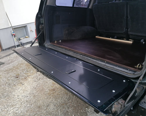 80 Series Land Cruiser tailgate storage mod
