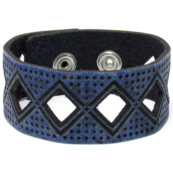 Women's Leather Bracelet - Tribal Diamond Cut