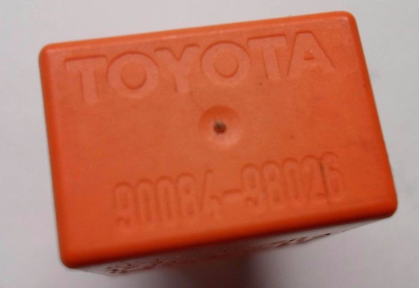 TOYOTA  RELAY 90084-98026 BOSCH 0332207112 TESTED 6 MONTH WARRANTY FREE SHIP  T2