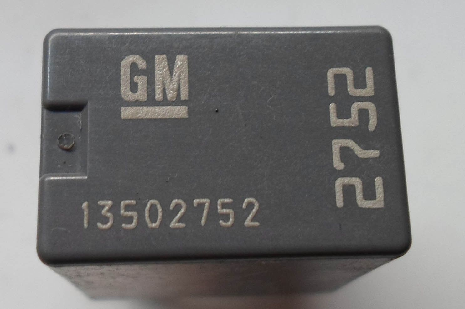GM  DENSO  RELAY 13502752   OEM FREE SHIPPING 6 MONTH WARRANTY! GM3