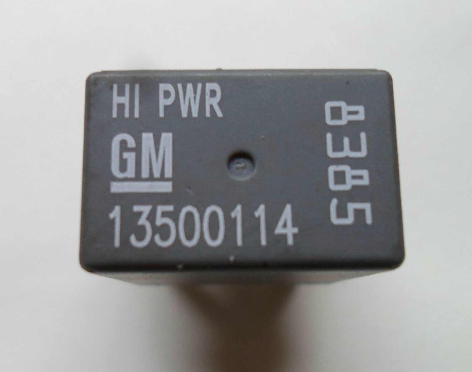 GM HI PWR RELAY 13500114    8385 6 MONTH WARRANTY TESTED OEM FREE SHIPPING GM2