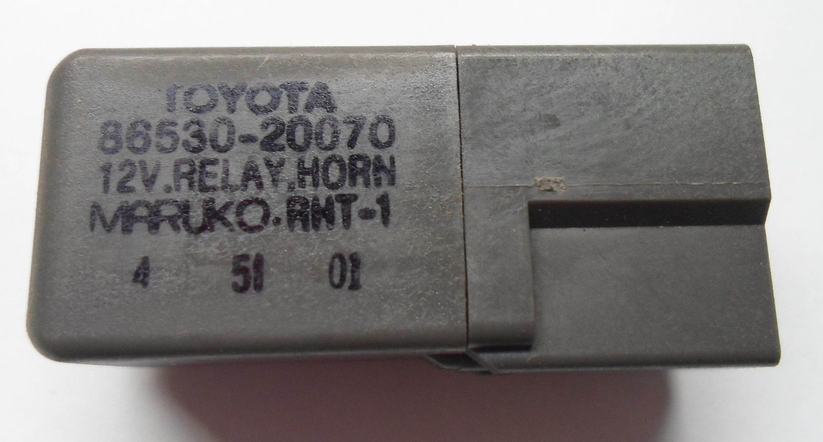 TOYOTA  HORN RELAY 86530-20070 DENSO  TESTED 6 MONTH WARRANTY  FREE SHIPPING! T3
