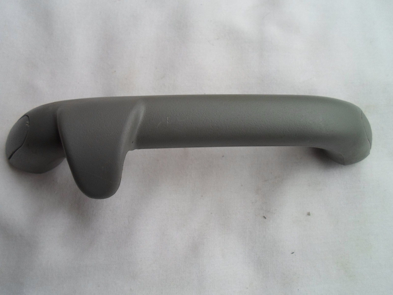 01 - 05 PT Cruiser Grey Rear Passenger Pull/Grab/Assist Handle OEM FREE SHIP A17