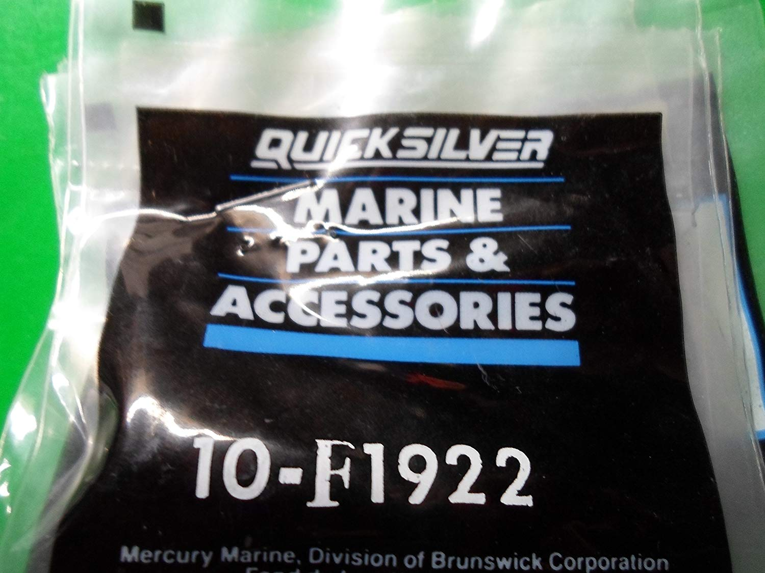 Quicksilver 10-F1922 Screw
