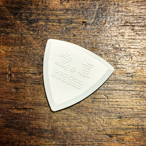ChickenPicks - Bermuda III Pointy 2.1mm