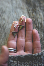 Load image into Gallery viewer, Green Thumb Earrings